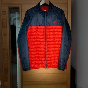 North Face thermoball jacket size XXL Orange